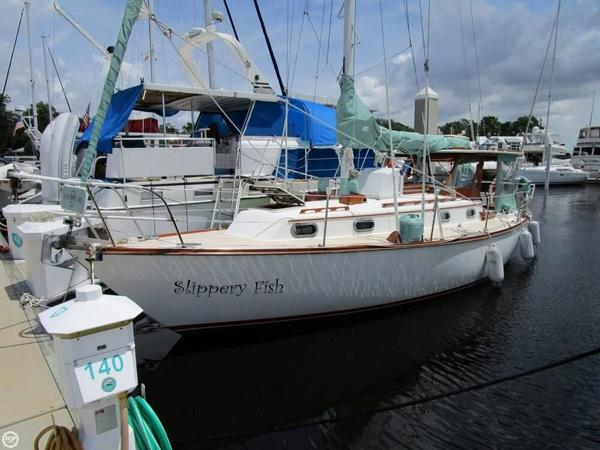 Used Cape Dory 33 Sloop Sailboat For Sale
