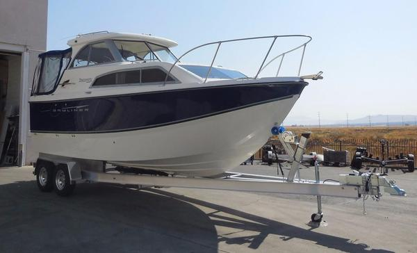 Used Bayliner 246 Discovery Cruiser Boat For Sale