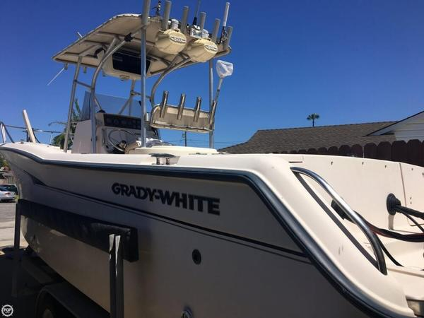 Used Grady-White Chase 263 Center Console Fishing Boat For Sale