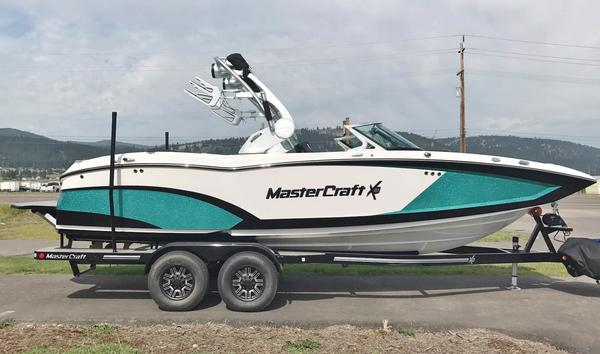 New Mastercraft X-23 Ski and Wakeboard Boat For Sale