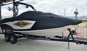 New Mastercraft X-23 SURF Ski and Wakeboard Boat For Sale
