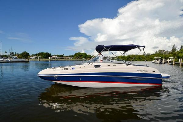 Used Four Winns F244 Bowrider Boat For Sale