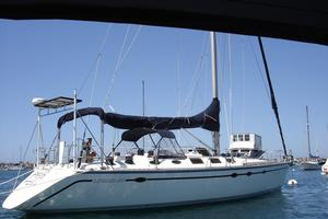 Used Hunter Legend 45 Racer and Cruiser Sailboat For Sale