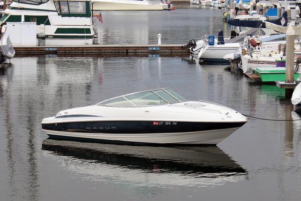 Used Maxum 21 Cuddy Cabin Boat For Sale
