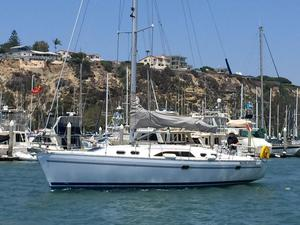 Used Catalina 385 Racer and Cruiser Sailboat For Sale