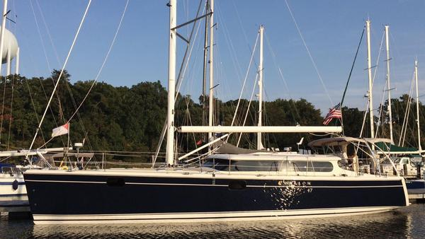 New Hunter Marlow Hunter 47 Racer and Cruiser Sailboat For Sale