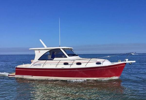 New Marlow Pilot 34 Trawler Boat For Sale