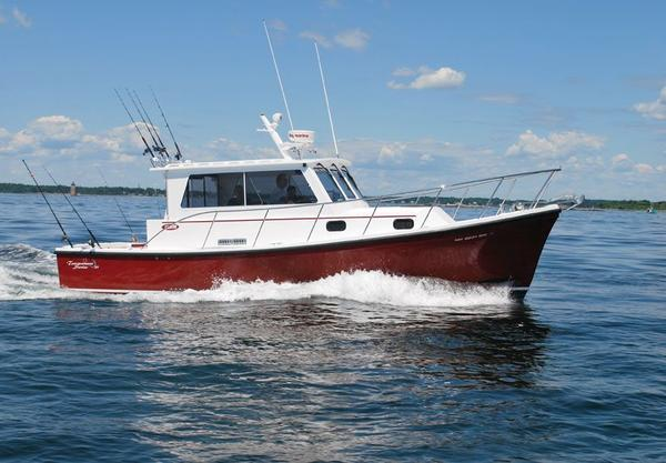 New Eastern 31 Casco Bay Express Cruiser Boat For Sale
