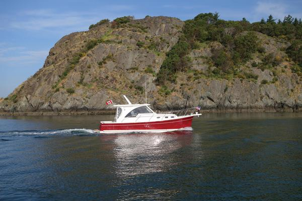 New Marlow Pilot 31 Trawler Boat For Sale