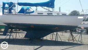 Used Grampian 30 Racer and Cruiser Sailboat For Sale