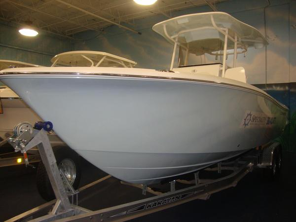 New Clearwater 2508 CC Center Console Fishing Boat For Sale