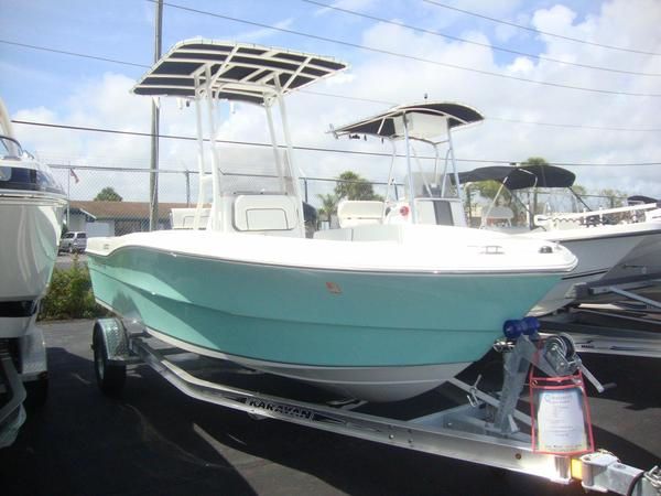 New Clearwater 2000 CENTER CONSOLE Center Console Fishing Boat For Sale