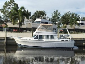 Used Mainship 430 Aft Cabin Motor Yacht For Sale