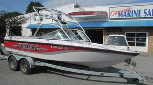 Used Correct Craft 210 Limited Ski and Wakeboard Boat For Sale