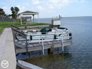 Used Crest SUPER FISHERMAN Pontoon Boat For Sale