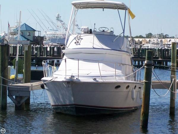 Used Tiara 3100 Continental Sports Fishing Boat For Sale
