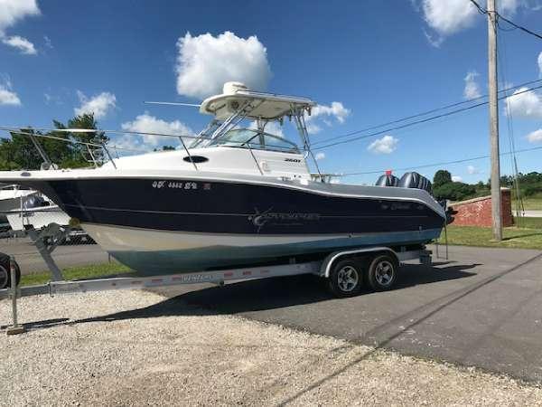 Used Striper 2601 Seaswirl 50th Anniversary Edition Walkaround Fishing Boat For Sale
