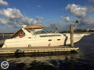 Used Wellcraft St. Tropez 3200 Express Cruiser Boat For Sale
