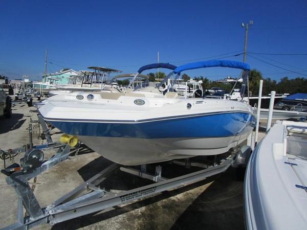 New Nautic Star 193 SC Deck Boat For Sale