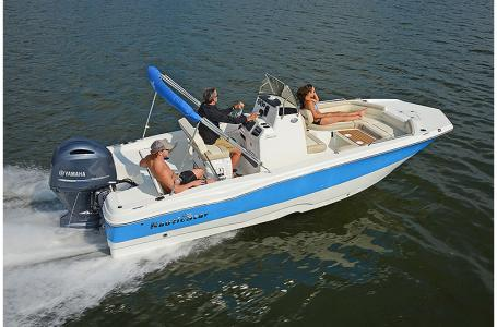 New Nautic Star 211 Angler Deck Boat For Sale