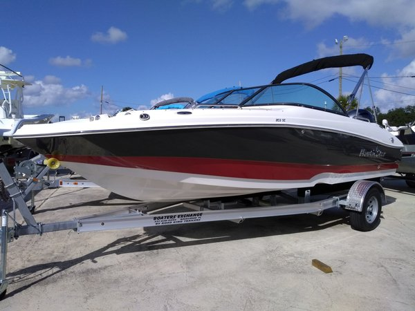New Nautic Star 203 DC Deck Boat For Sale