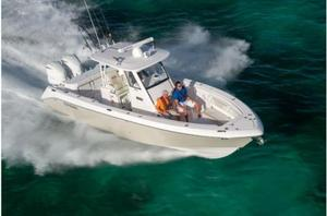 New Everglades Boats 325CC Center Console Fishing Boat For Sale