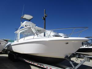 Used Everglades Boats Cabin 350 LX Center Console Fishing Boat For Sale