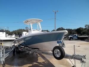 New Everglades Boats 243SS Center Console Fishing Boat For Sale