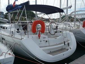 Used Sun Odyssey Racers and Cruiser Racer and Cruiser Sailboat For Sale