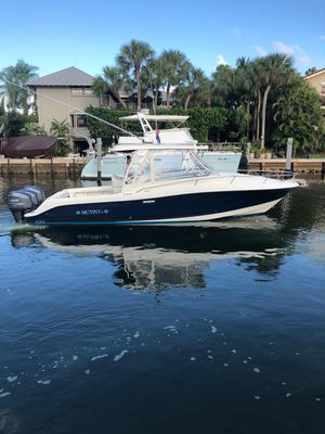 Used Hydra-Sports Vector 3300 VXVector 3300 VX Saltwater Fishing Boat For Sale