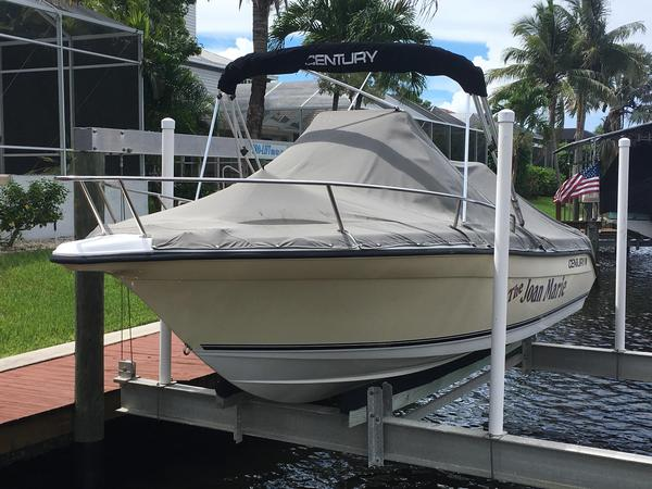 Used Century 2001 Center Console Center Console Fishing Boat For Sale
