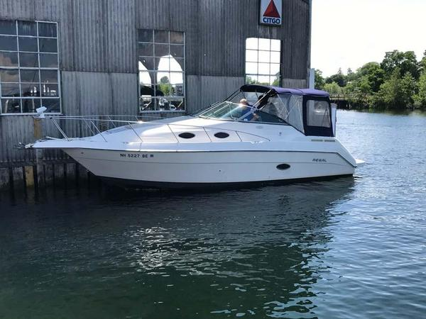 Used Regal 272 Commodore Cruiser Boat For Sale