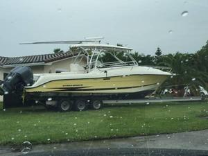Used Hydra-Sports 3300 VX Express Cruiser Boat For Sale