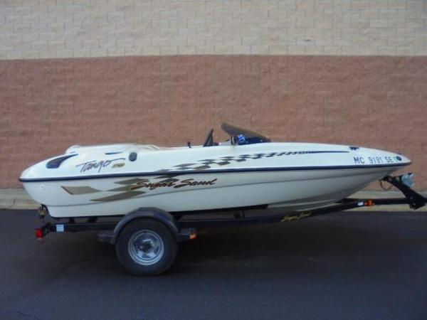 Used Sugar Sand Tango 210 Bowrider Boat For Sale