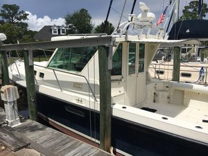 Used Albin Yachts 31 Tournament Express Cruiser Boat For Sale