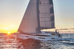 New Jeanneau Sun Odyssey 440 Racer and Cruiser Sailboat For Sale