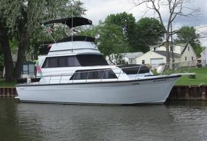 Used Marinette 32 Flybridge Sedan Flybridge Boat For Sale