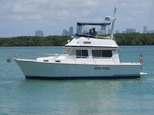 Used Sabreline Express Cruiser Boat For Sale