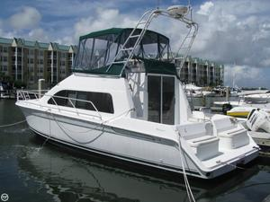 Used Mainship 40 Sedan Bridge Cruiser Boat For Sale