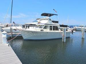 Used Tollycraft 34 Tri-cabin Motor Yacht For Sale