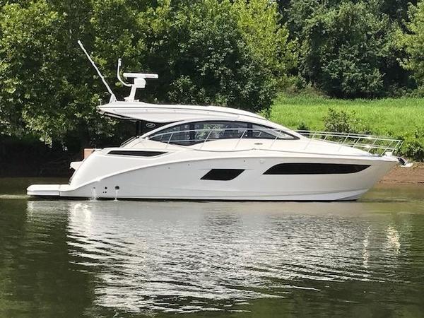 New Sea Ray Sundancer 400Sundancer 400 Cruiser Boat For Sale
