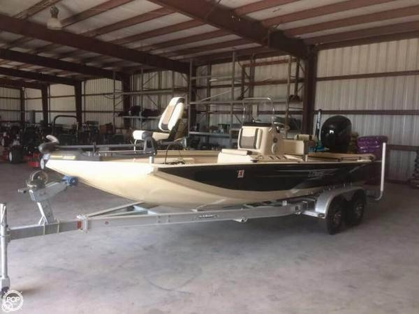 Used Lowe 20 Bay Aluminum Fishing Boat For Sale