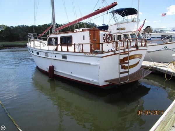 Used Island Trader 39 Motorsailer Sailboat For Sale
