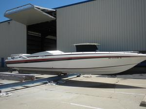 Used Fountain 42'- 12 Meter High Performance Boat For Sale