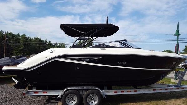 New Sea Ray 250 SLX Bowrider Boat For Sale