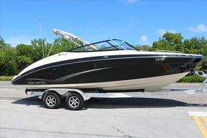 Used Yamaha Boats 242 Limited Ski and Wakeboard Boat For Sale