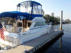 Used Sea Ray Sedan Bridge SRV300 Sports Fishing Boat For Sale