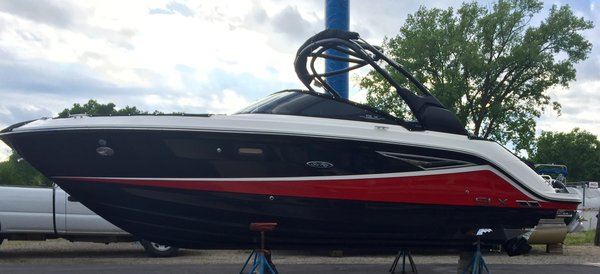 Used Sea Ray 250 SLX Runabout Boat For Sale