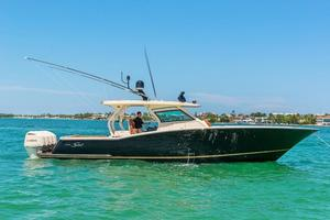 Used Scout Boats 420 Center Console Fishing Boat For Sale