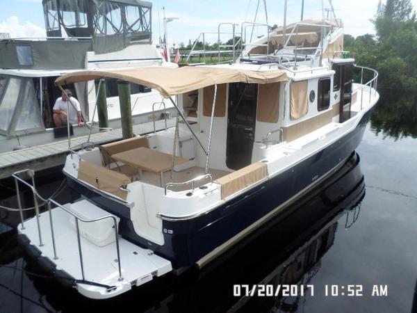Used Ranger Tug R-31 CB Tug Boat For Sale